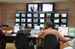 Видеонаблюдение в банке предупреждает противоправные действия посетителей и персонала